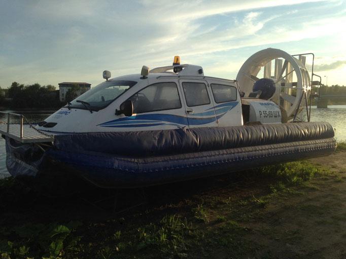 Für die kalten Monate liegt hier eines der Boote für den Winter bereit. Damit würde ich gerne mal mitfahren.