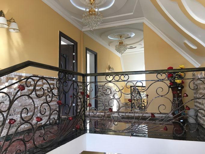 Hotel Edemi in Kutaisi - Treppenhaus