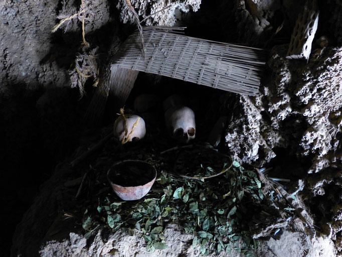 Grabhöhle Bolivien