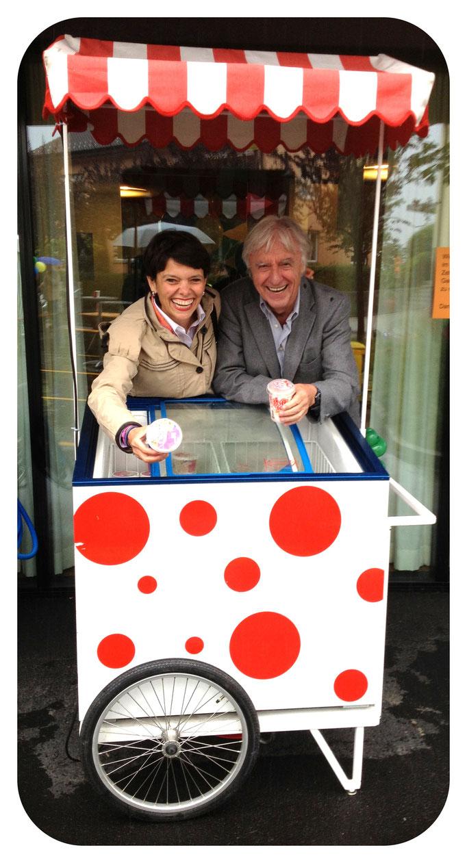 Glacé verkaufen im Kinderheim Titlisblick Luzern für einen guten Zweck
