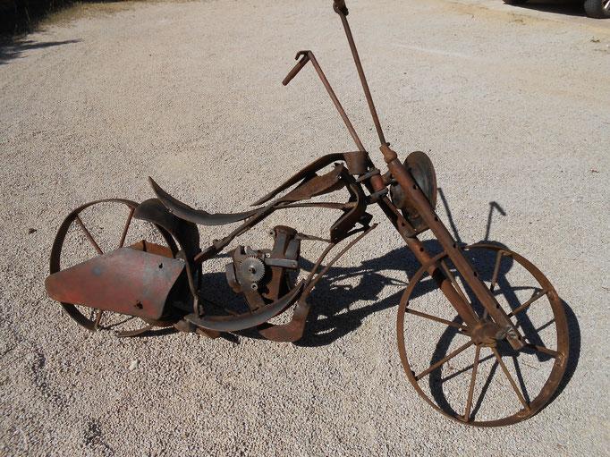 Motobylrtte  L 150 cm   indisponible