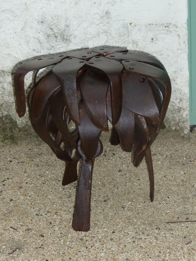 Tabouret   h 40cm  indisponible