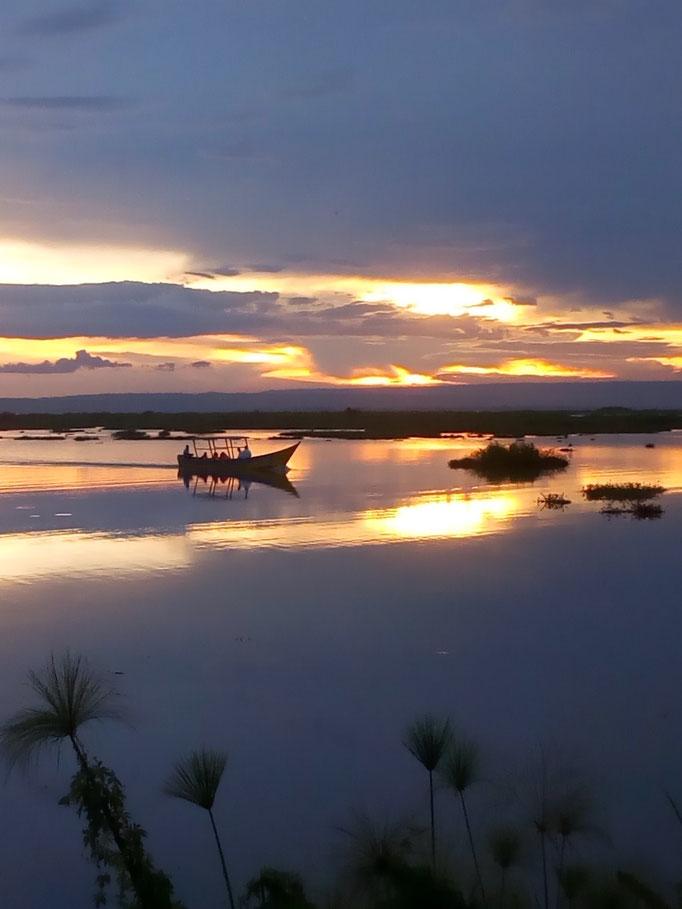 """Sundowner"" at Lake Victoria"