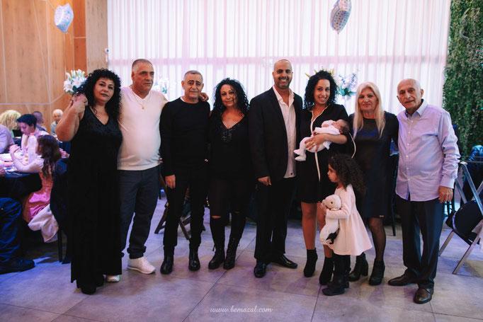 צילום עם האורחים