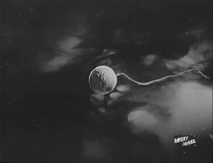 """In """"Crash of the Moons"""" erleben wir, wie zwei Monde miteinander kollidieren. Die dazu hergestellten Effekte sind für die damalige Zeit sehr gut gelungen"""