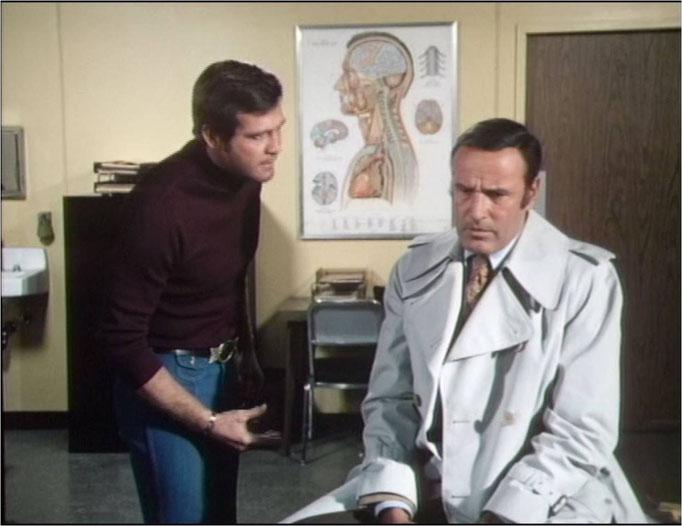 """Lee Majors zusammen mit Richard Anderson als Oscar Goldman, diese Szene stammt aus der grandiosen Doppelfolge """"Eine Partnerin für Steve"""