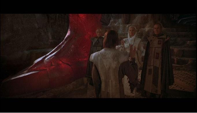 ein weiterer toller Moment des Films ist Spocks wundervoll in Szene gesetzte Kohlinar-Zeremonie