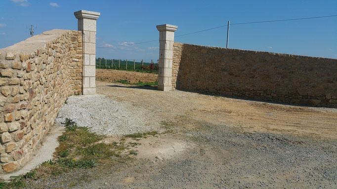 entrée piliers granit