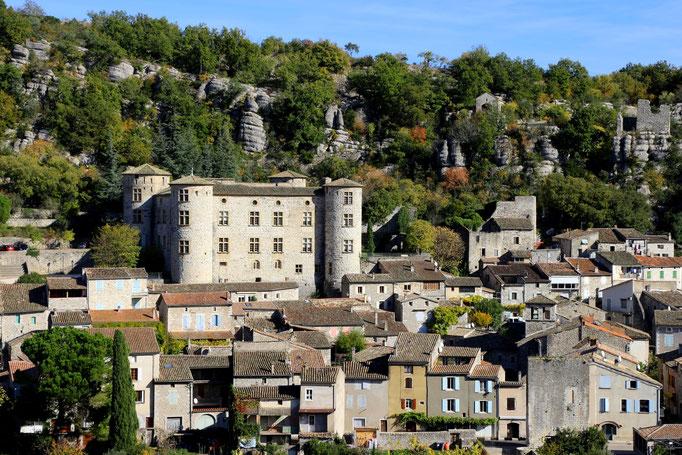 Vogüé, eins der schönsten Dörfer der Ardèche - Schlossansicht