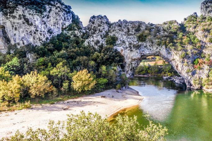 Ardèche Schlucht, Felswände, Canyon, Wildnis - Pont d'Arc, Gorges de l'Ardèche
