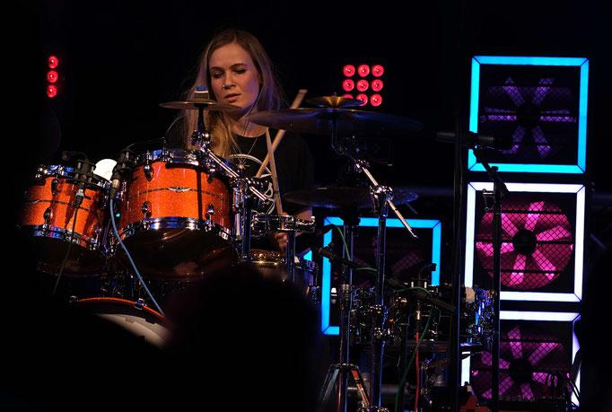 Foto Uli Gilles Anika Nilles Drums Kamera Fuji XT3