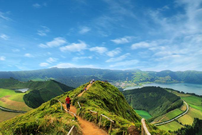Lakes of Sete Cidades, Sao Miguel island, Azores - By Lsantilli