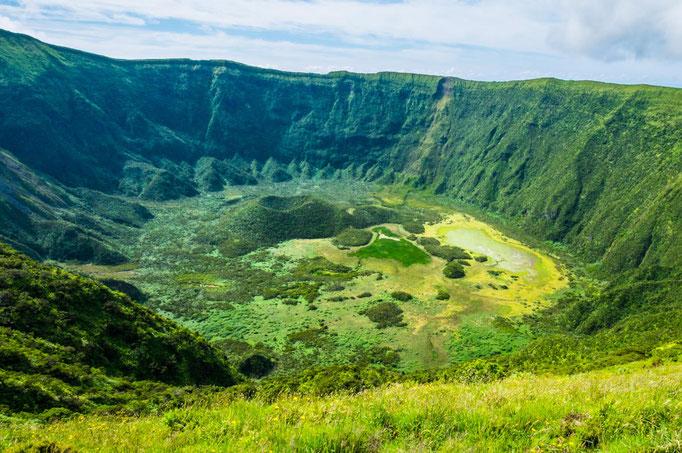 Azores - Faial Island - Caldeira - copyright Lina Balciunaite