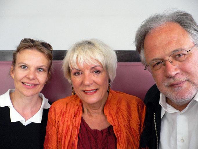 Susann Wach (Commissioning Editor SF), Gabriele Röthemeyer (Filmförderung Baden-Württemberg) und Karl Baumgartner (Pandora Film) nach der erfolgreichen Premiere.