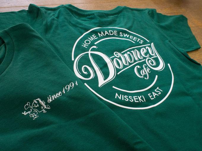 カフェ・ダウニー 日赤イースト店様よりオーダー頂いたTシャツです。
