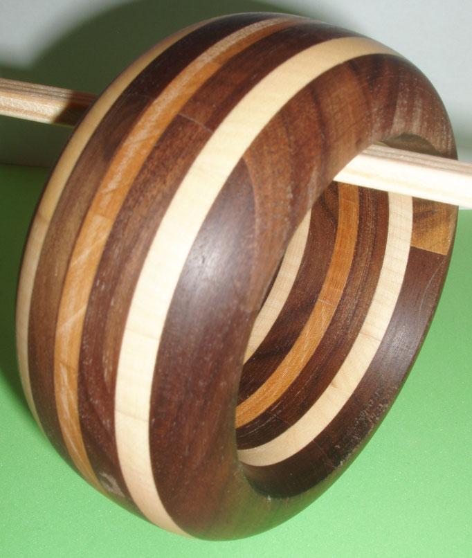 Kirsch, Ahorn und Nuss Holz Durchmesser innen 65 mm     Preis SFr. 225.-    portofrei Vorkasse Nr. 1777130