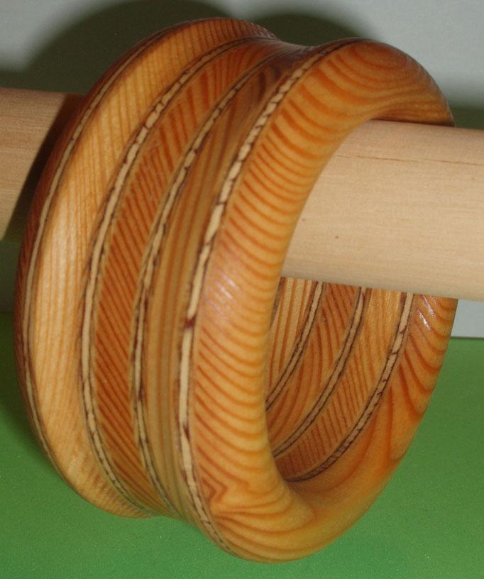 Lärchenholz und Seapine Durchmesser innen 65 mm         Preis    SFr. 165.-        portofrei Vorkasse Nr. 1733130