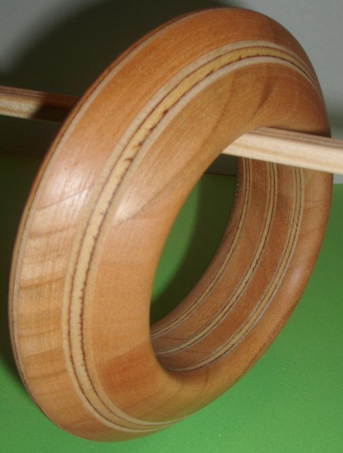 Kirsch und Birkenholz, Durchmesser innen 65 mm                Preis SFr. 185.-     portofrei Vorkasse Nr. 1788130