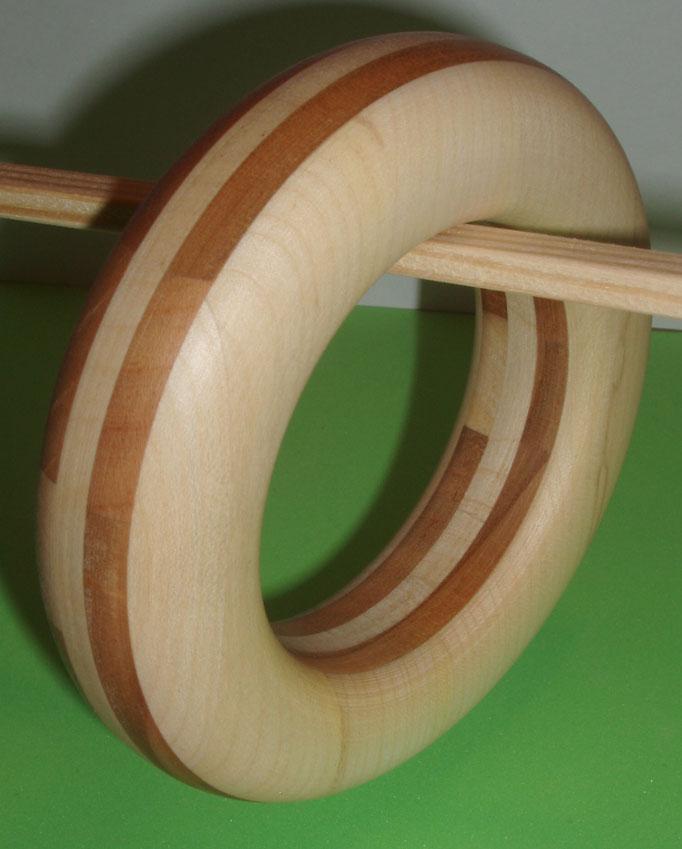 Kirsch und Ahornholz Durchmesser innen Durchmesser 65 mm Preis SFr. 185.  portofrei Vorkasse Nr. 1766130