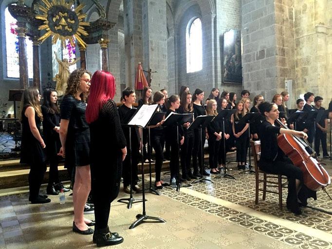 """Les """"Spring Lullabies"""", texte des Béatitudes chanté en latin, concert dirigé par Anne-Marie Hue-Concé"""