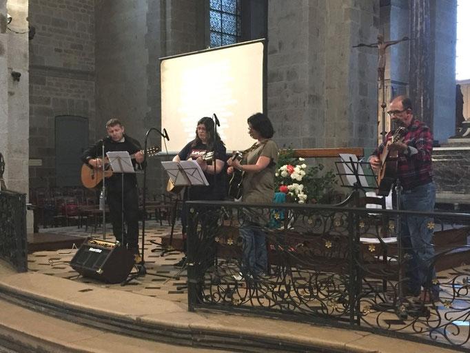 "le groupe ""Libertad"", avec Joseph Lulek, Anne-Lise, Carole et Alain"