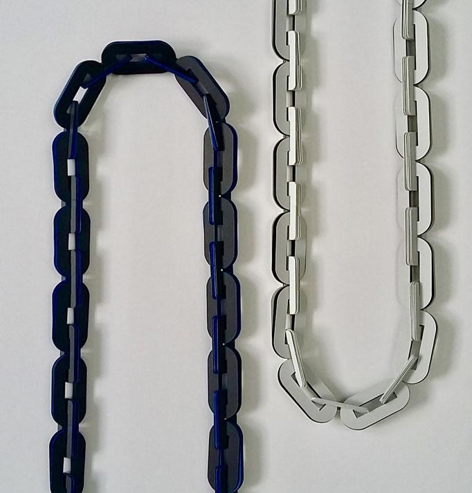 """""""l'union fait la force"""" collier PVC et cuir - 100 x 2 cm  2017"""