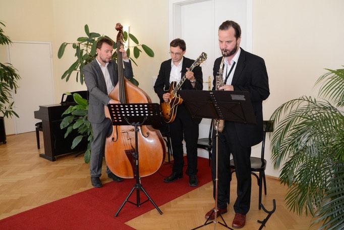 standesamtliche Hochzeit im Bezirksamt Josefstadt