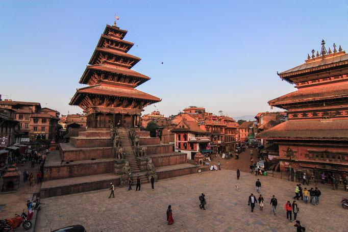Der Taumadi Tole Platz in Bhaktapur (UNESCO Weltkulturerbe)
