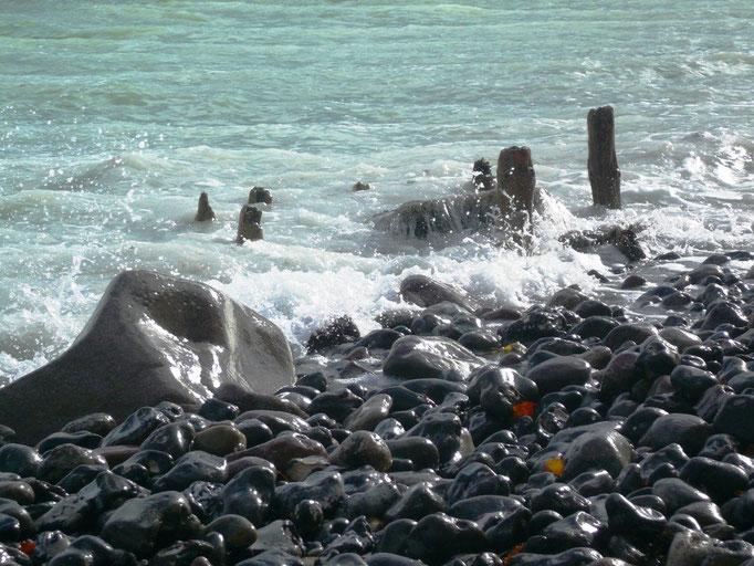 Steinstrände gibt`s hier nicht, das ist auf Rügen!