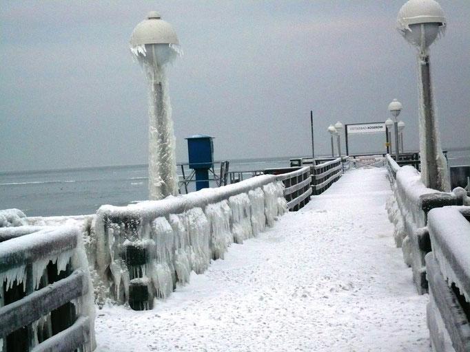 Eiszeit auf der Seebrücke in Koserow