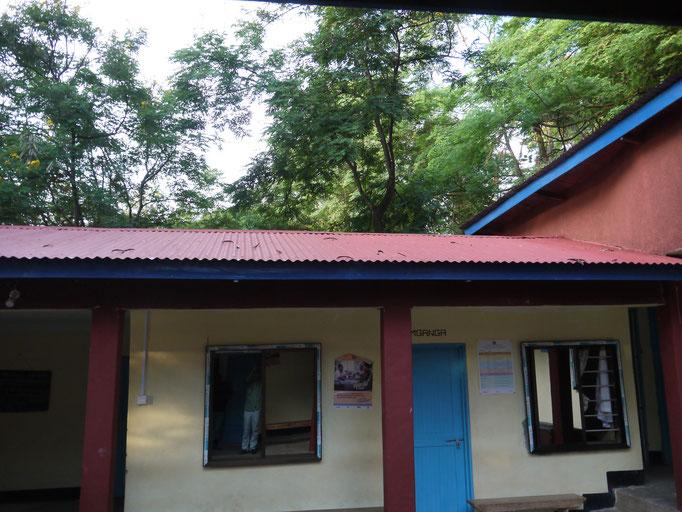 Alle Fenster der Station sind auf Geheiß der medizinischen Regionalverwaltung gegen Alufenster ausgetauscht worden.