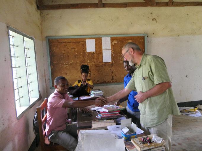 Für 380 Schüler stehen in der Grundschule von Bugamba nur sechs Lehrer zur Verfügung.