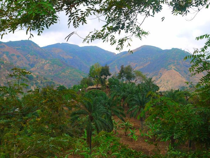 bergiges Umland in Bugamba