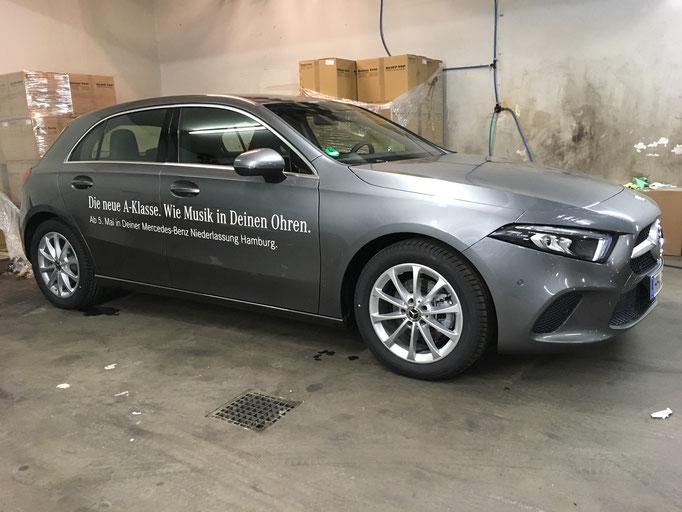 Neue Mercedes A-Klasse / Folienschrift