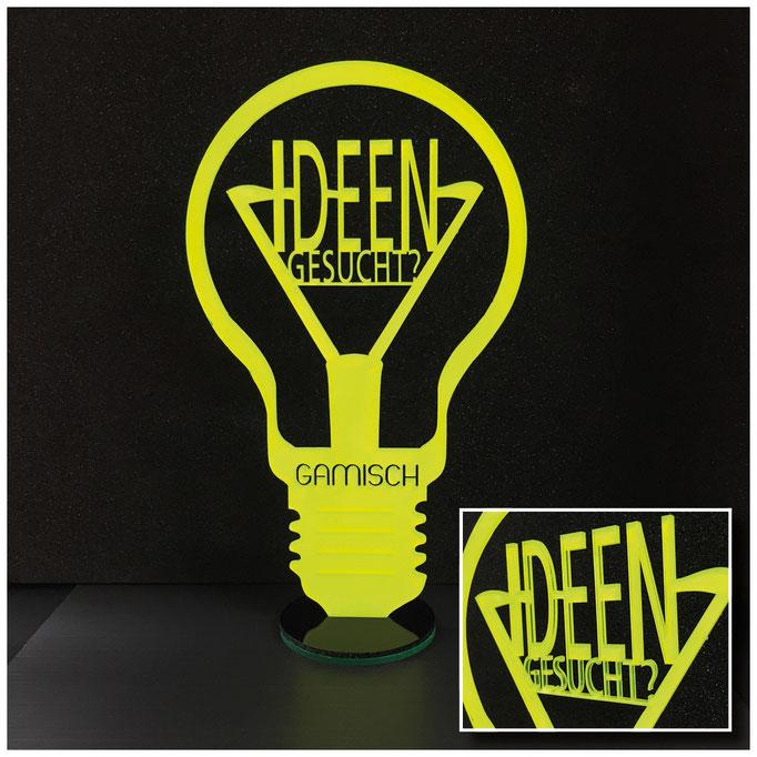 Neon-Eyecatcher für Messestand . Material: Acrylglas Neongelb, 3mm, von hinten weiß kaschiert.