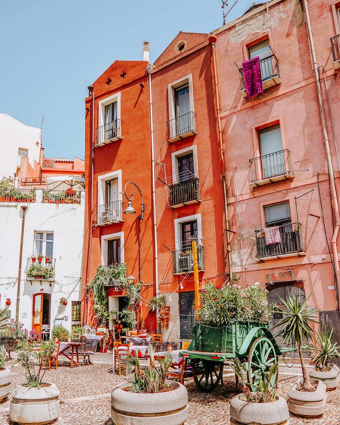Mit meinen Sardinien Rundreise Tipps und Erfahrungen planst du deinen Roadtrip 2020. Finde die schönsten Strände Sardiniens in meinem Reise Blog, plane den idealen Urlaub und entdecke die schönsten Aussichtspunkte und Foto-Spots.