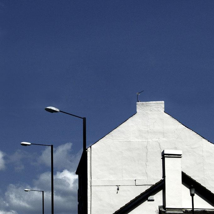 weiße Giebel   2004 | 28 x 28 cm