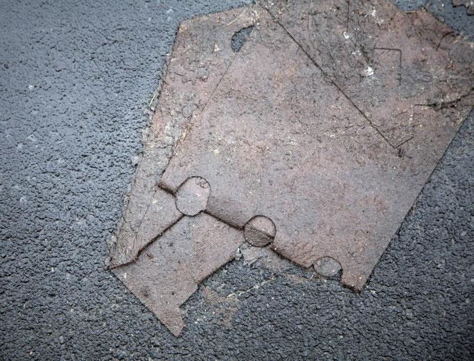 verendeter Pappkarton   2006 | 37 x 28 cm
