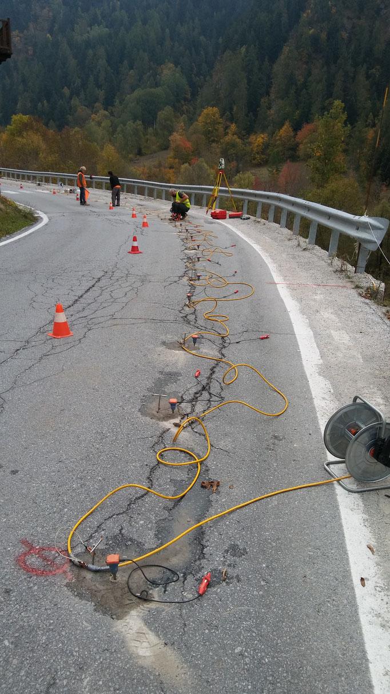 Contenimento di muro a secco sotto sede stradale, mediante reti tirantate- Piemonte - Provincia di Cuneo