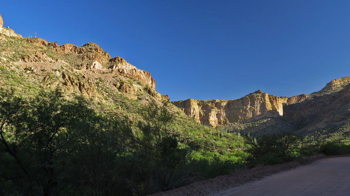 im Fish Creek Canyon - von links oben kam ich grad / in the Fish Creek Canyon - I just came from the upper left corner