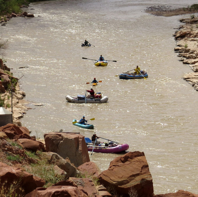 Abenteurer auf dem San Juan / adventurers on the San Juan River