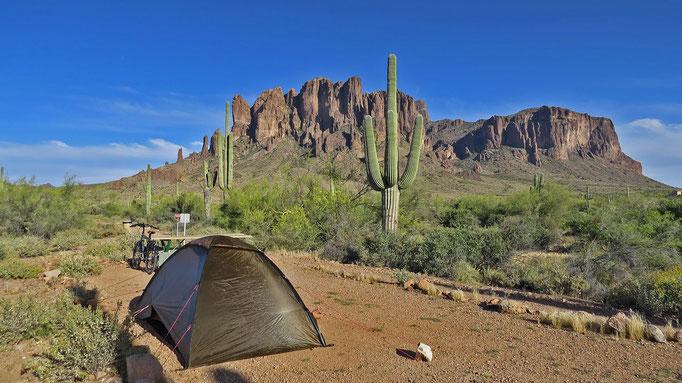 der erste Zeltplatz wird schwer zu überbieten sein / the first campground will be hard to beat