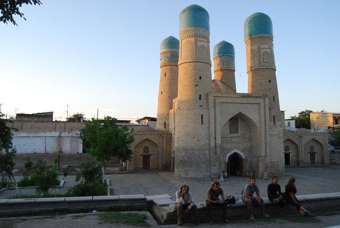 Médersa Chor Minor, Boukhara