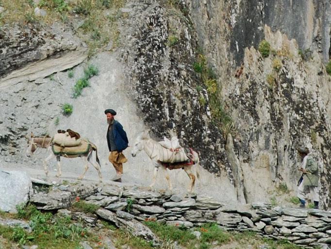 Sur le sentier, coté afghan