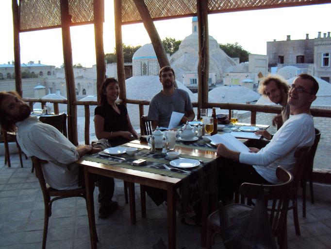 Retrouvailles à Boukhara, Thao et Robert