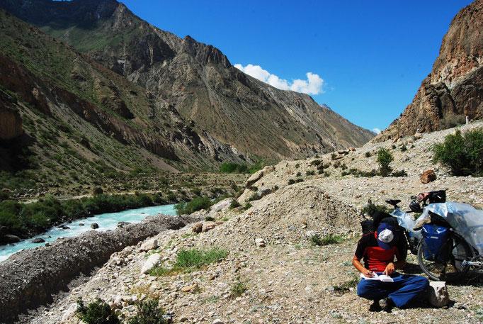 Début de la vallée pour l'Iskanderkul