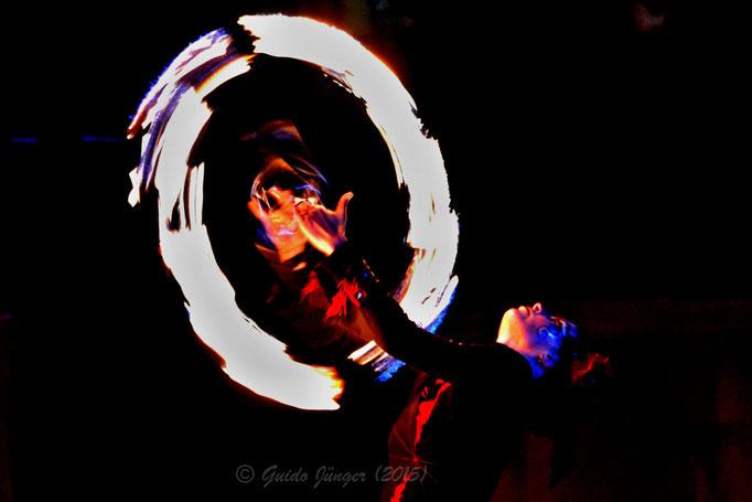 Feuershow mit Pa Li Tchi; Anna Markt 2015; Düren