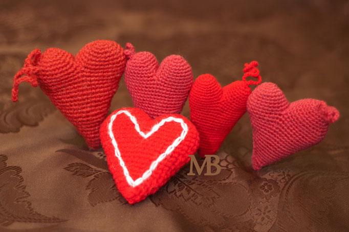 Сердечки - подушечки для иголок / Hearts - needle pads diferent sizes  Авторская работа / The work of authorship