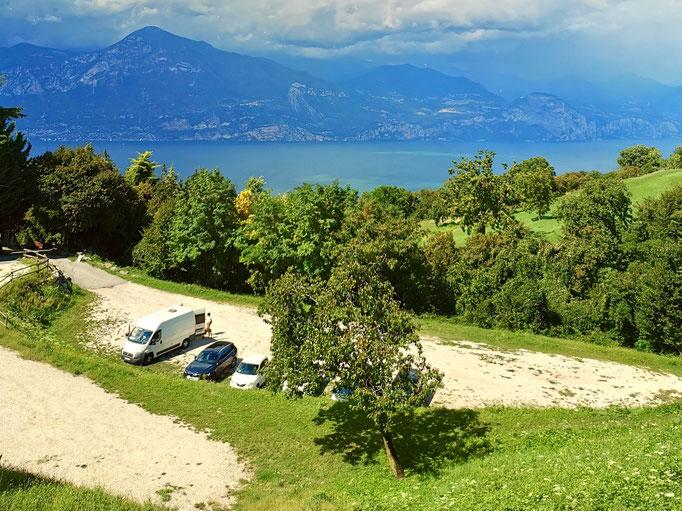 Aussicht aus San Zeno auf den Gardasee