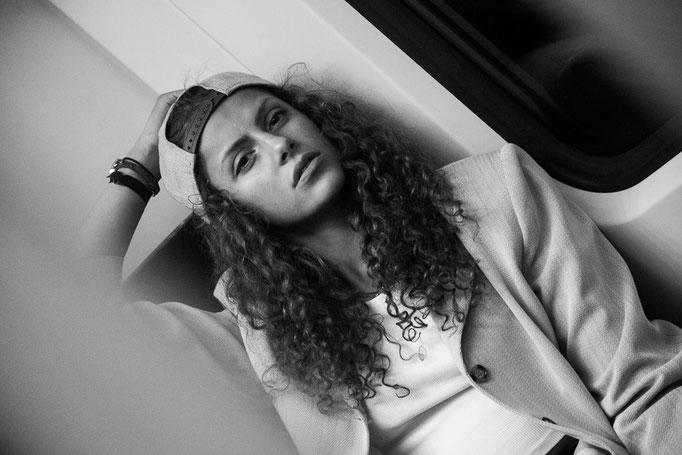 Portraitfotografie Stuttgart // Aischa Ibrahim // ©Sarah Stange